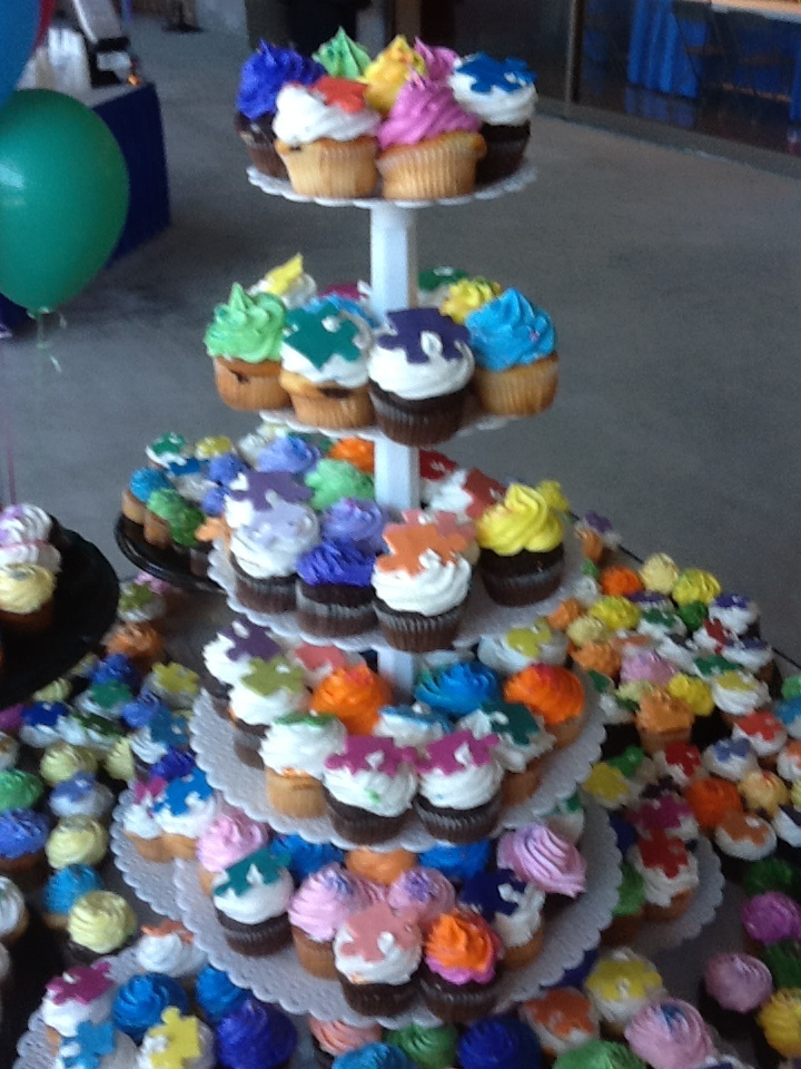 Hundreds of Pieces of the Puzzle cupcakes!