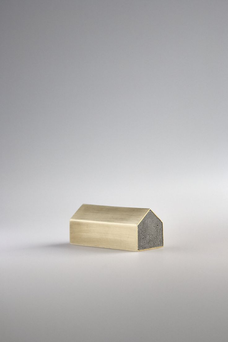 Concrete House Paperweight - studiokyss;  Image by Youmee Jeon
