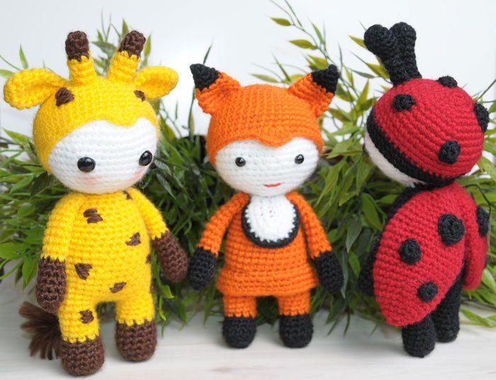 Amigurumi doll in fox costume, #crochet, free pattern, stuffed toy, #haken, gratis patroon (Engels), giraf, lieveheersbeestje en vos, knuffel, speelgoed, #haakpatroon