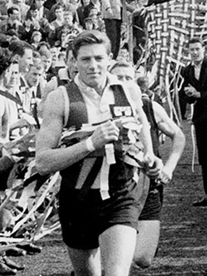 Neil Roberts - 1952-62 - St Kilda (169 games) - Brownlow Medal 1958; best & fairest 1955, 1958; captain 1958-62; All-Australian 1958; State representative (Victoria 11 games)