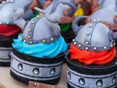 Topper de casco de vikingo en Material de decoración para cupcakes y magdalenas