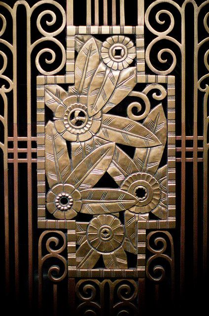 Art deco flower screen work / via Anne Peterson's flickr