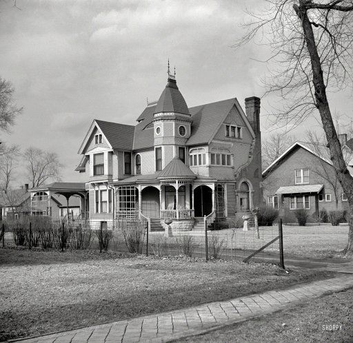 """April 1937. """"House in Ottawa, Illinois."""" . Photo by Russell Lee.  House  ID'ed as the Palmer house at 1236 Ottawa Ave. 1937"""