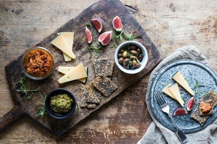 Le plateau antipasti - l'art de préparer un plateau de charcuterie et de fromages