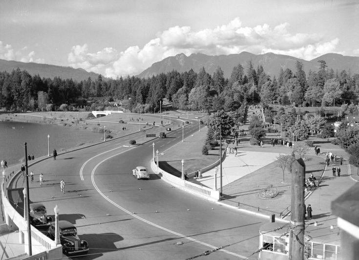 S-curve entrance to Stanley Park, 1940