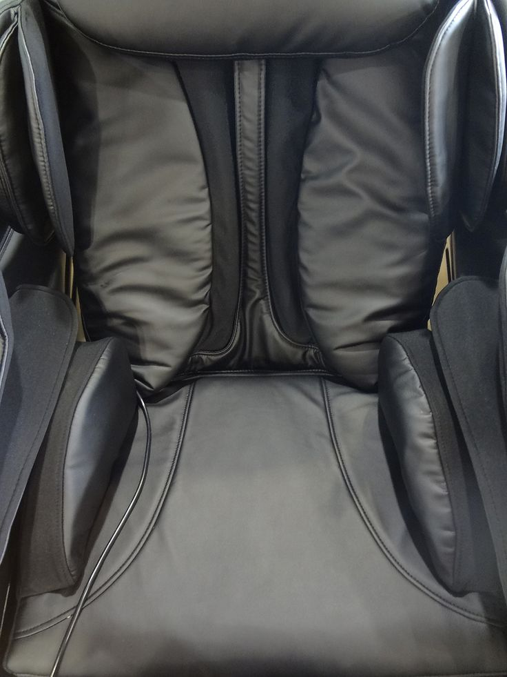 Trinity TR-70 Massage Chair. For more information please visit http://www.premiumpoolandspa.ca