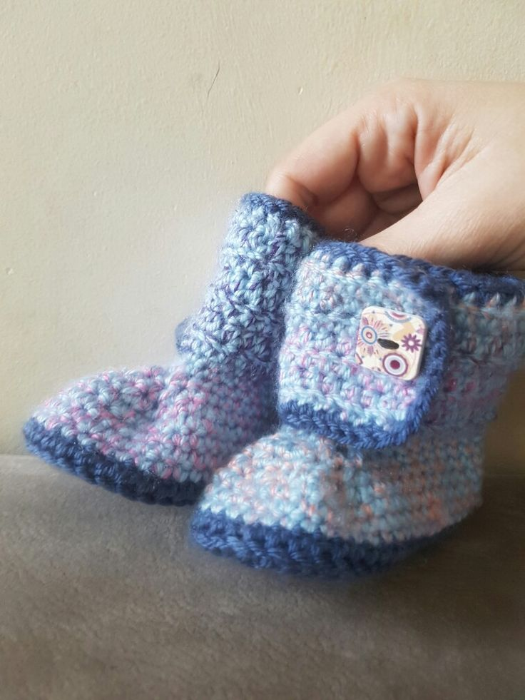 baby crochet booties perfect for first baby steps :)
