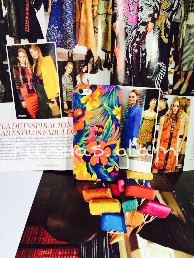 Case floral  disponible para iPhone 5/5s y 6 plus, esta súper padre  Envíos a todo México  precios y ventas por whats app 7731326251 o 7715694076  #navidadenfundasglam