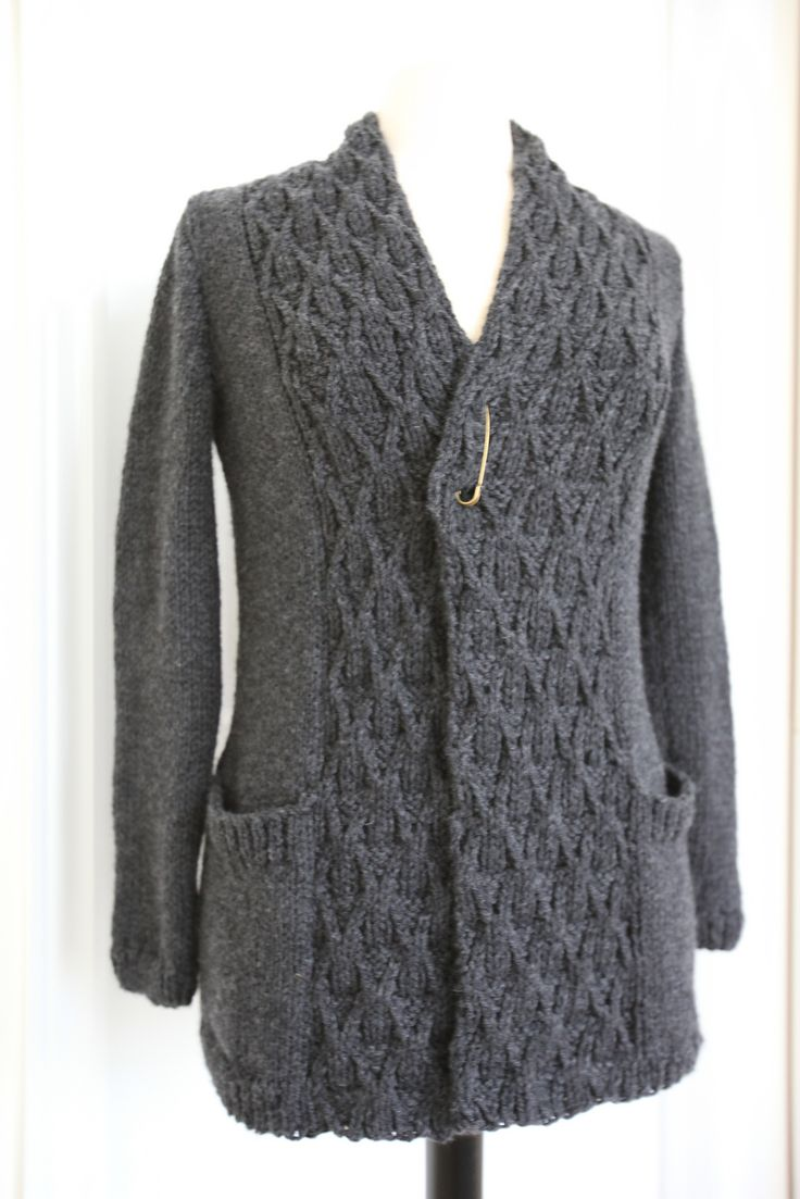 Astor Cardigan By Norah Gaughan - Free Knitted Pattern - (ravelry)