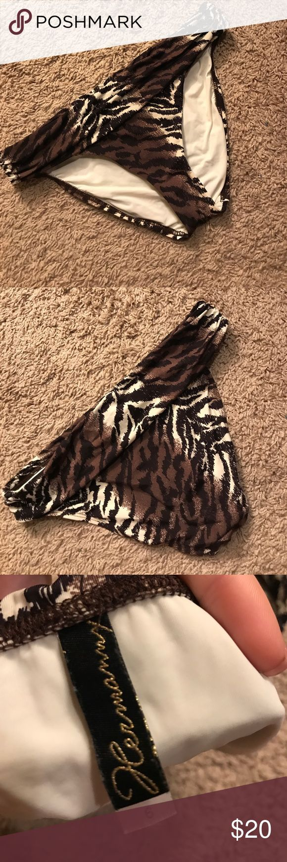 Hermanny by Vix Animal Print bikini Bottoms 6 Gorgeous soft material. Size 6. Colors are browns and cream Vix Swim Bikinis