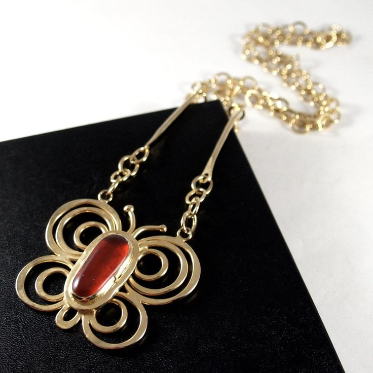 Large Rafael Canada Necklace - Butterfly