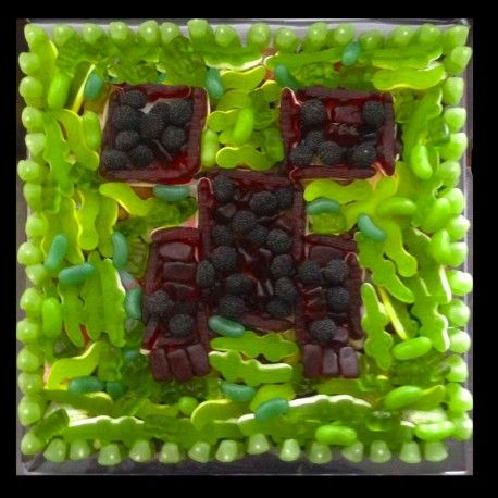 Minecraft Creeper Sweet cakes available in various sizes, all handmade to order 100% sweets