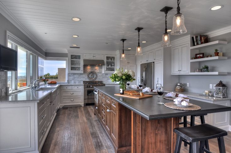 Architecture, Remodel, California Beach Cottage, New England Style, Cape Cod Style, Nantucket Style, Beach Cottage Style, Beach Style, Beach Home, Beach House, Traditional, Classic, Wainscot, Cabinets, Tile, Countertop, Stone,  Slab, Appliances, Sink, Refrigerator, Stove, Hardware, Faucet, sink, Floor, Backsplash, Lighting, Microwave, Dishwasher, Granite, Marble, Limestone, Wood Beams, Vaulted Ceiling, Island, Molding, Oven Hood, http://www.jamesglover.com