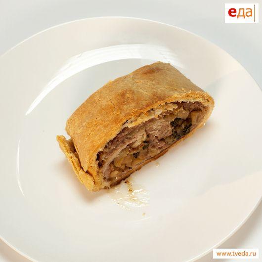 Пирог с пряной свининой