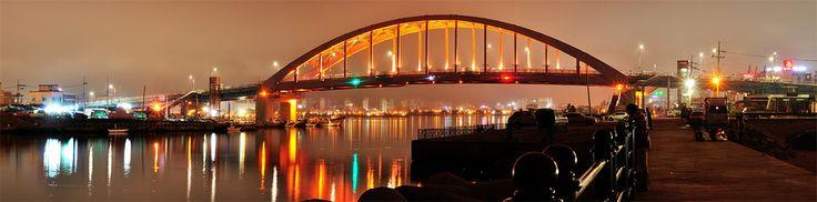 Lake Chungcho Night Scene, Sokcho, South Korea