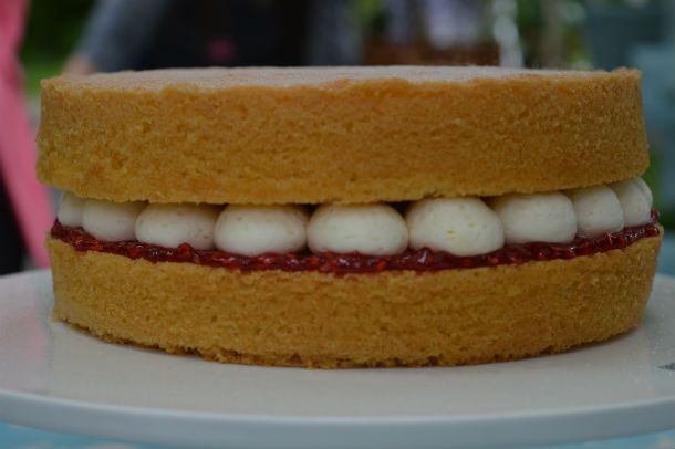 Mary's Victoria Sponge – Technical Challenge. British Bake Off. Brit measurements, obviously.