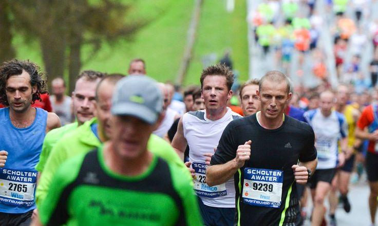 Wil je je klaarstomen voor de marathon? Download hier ons 10-weeks trainingsschema voor de marathon.