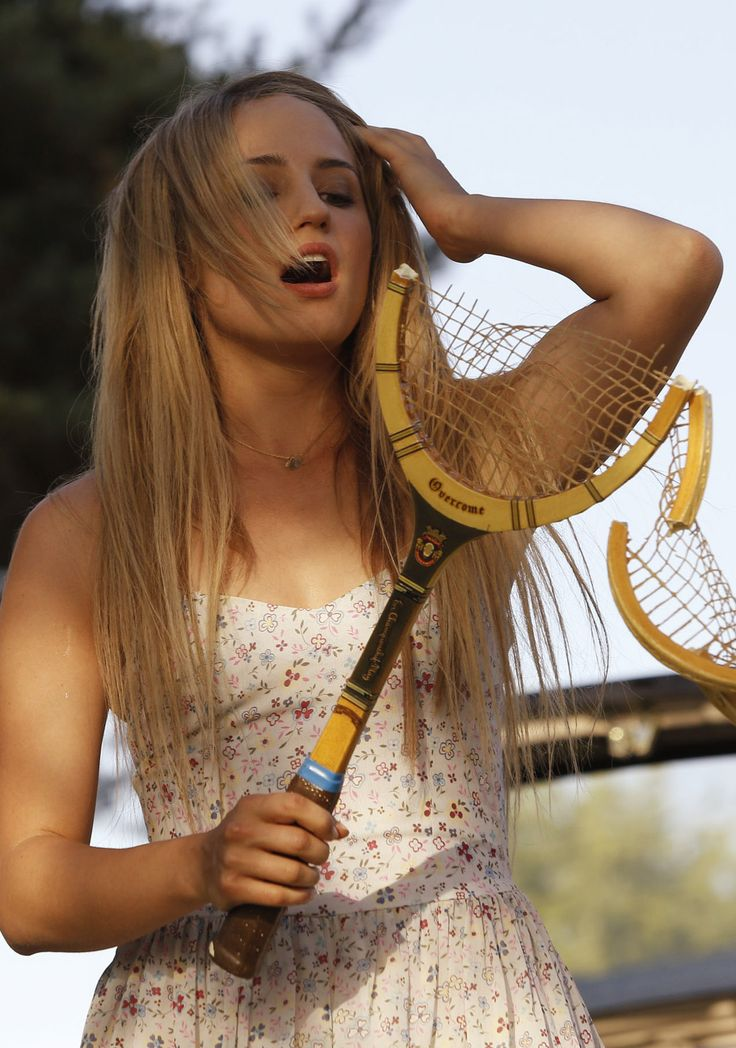 """Dianna Agron """"playing"""" tennis in The Family"""
