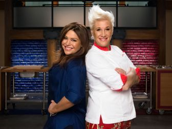 Celebrity Edition Is Back **Celebrity Edition Is Back Rachael and Anne return to coach a star-studded cast of disastrous cooks. Find out who's competing.  Read more at: http://www.foodnetwork.com/shows/worst-cooks-in-america.html?oc=linkback