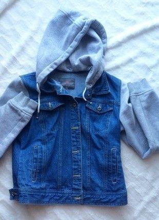 Kup mój przedmiot na #vintedpl http://www.vinted.pl/damska-odziez/swetry-i-bluzy-z-kapturem/13880802-jeansowa-katanka-z-kapturem-cropp-stan-idealny-rozmiar-m-zdjecia-wymiary