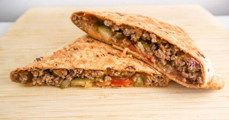 I don't even know where to start with today's Cheeseburger wrap because we loved it so much. The inspiration came from a local restaurant that has a pressed cheeseburger sandwich that is insanely delicious and probably equally insanely high in calories given everything they stuff inside.&nbsp...