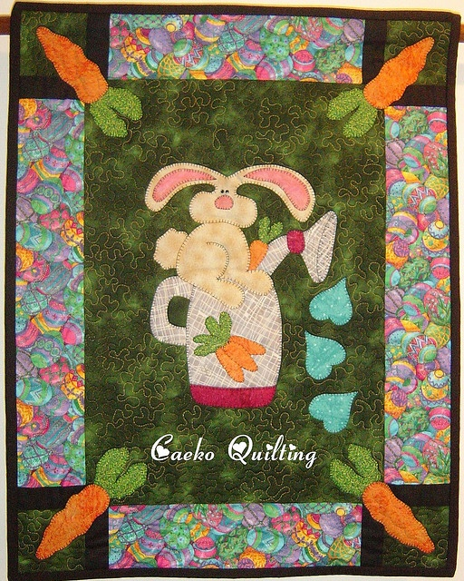 PAINEL DE PASCOA by caeko quilting, via Flickr: Easter, Photo