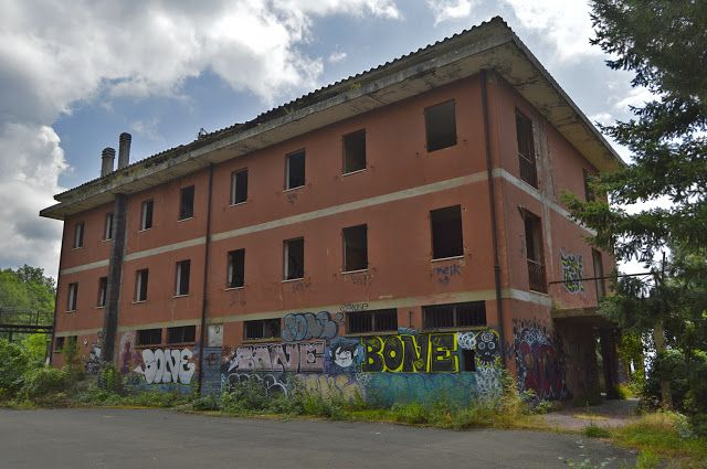 Alca Photos #murale #graffiti #urbex