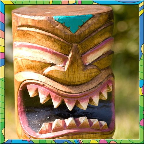 Wiki Tiki Totem Pole