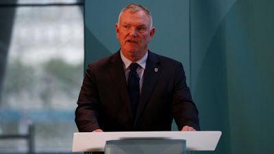 We Would Support Sex Abuse Victims Says Greg Clarke     Greg Clarke insists the Football Association will do all it can to support the alleged victims of sexual abuse at clubs. The FA chairman met with Andy Woodward at Wembley on Thursday after the former defender broke his silence on the abuse he suffered at the hands of youth coach Barry Bennell while at Crewe Alexandra between the ages of 11 and 15.Ex-Crewe midfielder Steve Walters and former Manchester City forward David White have since…