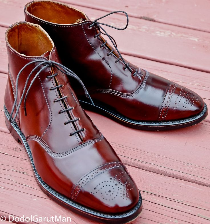 Allen Edmonds Fifth Street semi brogue boots in shell cordovan