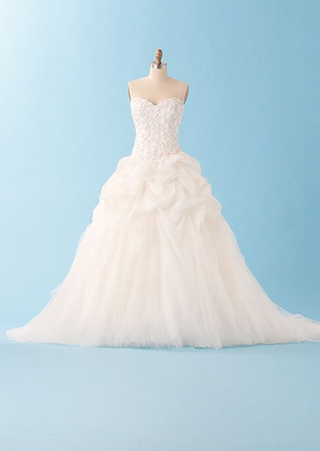 2014 Disney's Fairy Tale Weddings by Alfred Angelo collection Sleeping Beauty