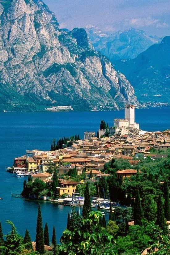 2015-02-08 Leslie Msgd -- Lake Garda, Italy I was here!! Beautiful!