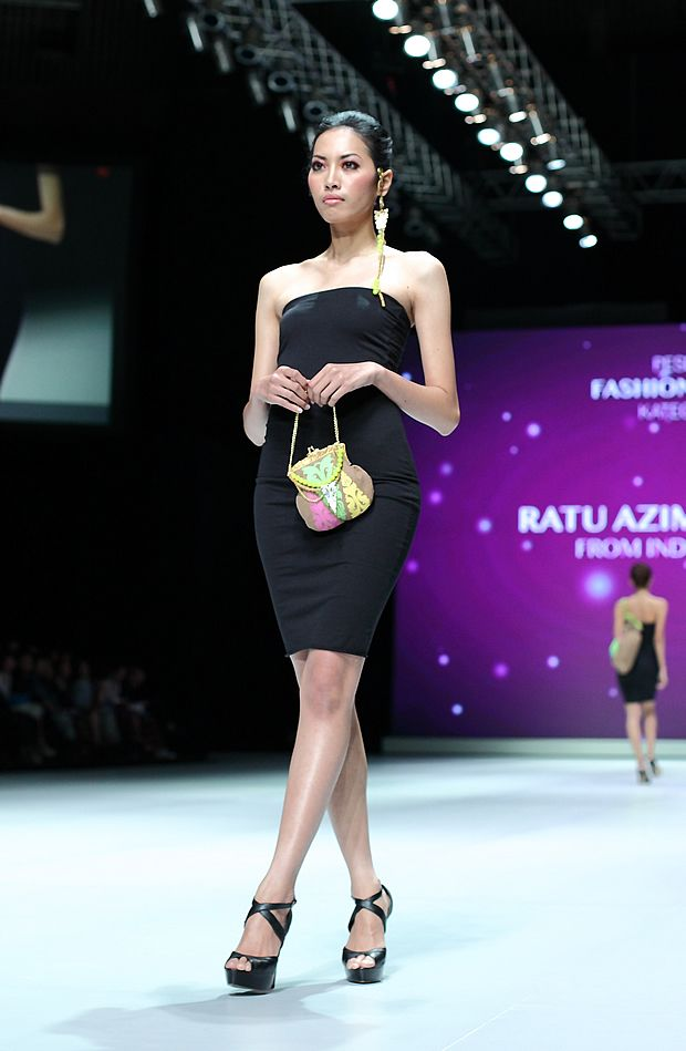 IFW 2013 # 123 Ratu Azima Mayangsari – From Indonesia with Love