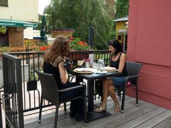 DK AKORD | Restaurace | Letní zahrada