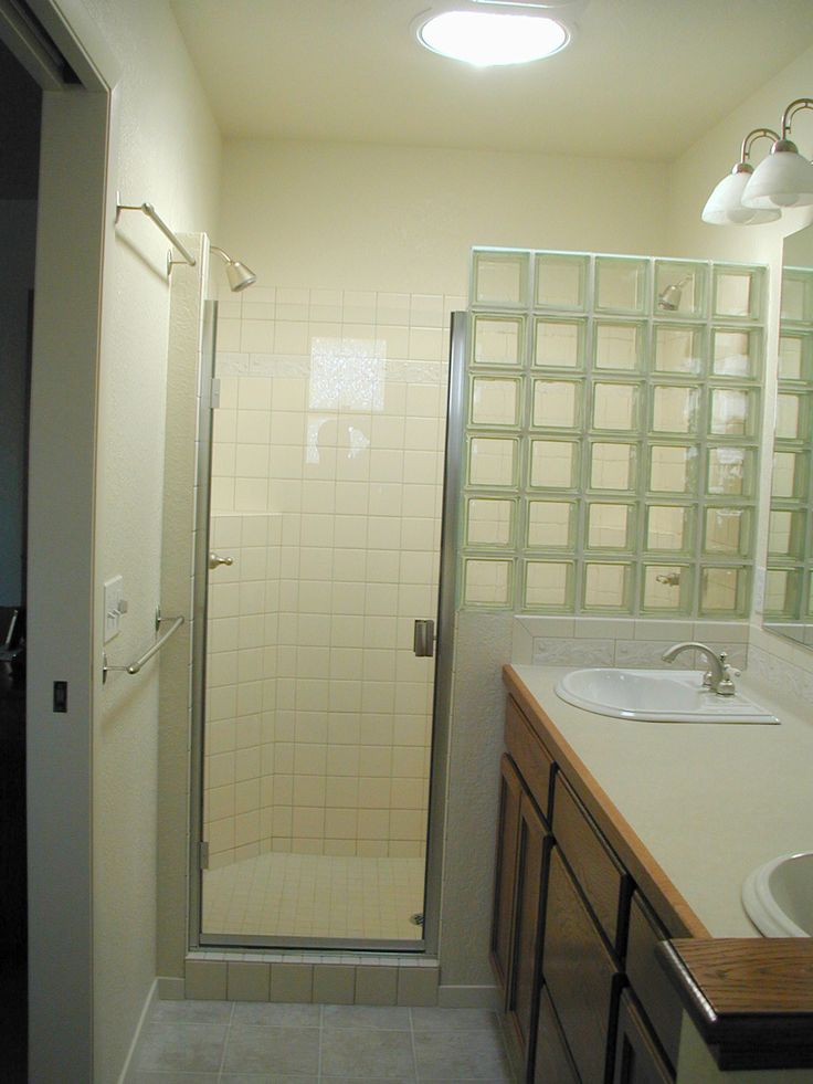 Glass block shower partial wall could substitute shower - Bathroom glass block wall ...