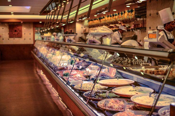 La Gastronomia..  #peck #shop #food