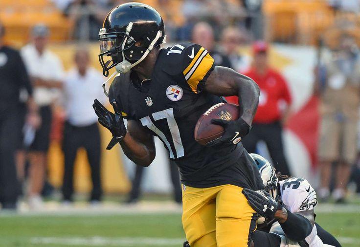 Pittsburgh Steelers: Eli Rogers:   When Martavis Bryant was suspended for all of the 2016 season, the Pittsburgh Steelers appeared to have a major hole at wide receiver on their depth chart. Fortunately for head coach Mike Tomlin, second-year wideout Eli Rogers has shined throughout training camp and appears primed for a breakout season. Rogers has already drawn comparisons to All-Pro teammate Antonio Brown and could easily catch over 50 passes this season in the Steelers' pass-happy…