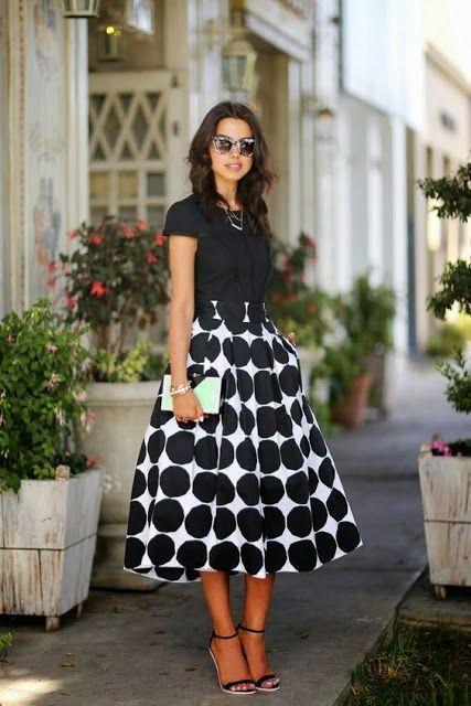 TREND ALERT: POÁ | Looks com saia midi, Looks com saias, Moda e estilo