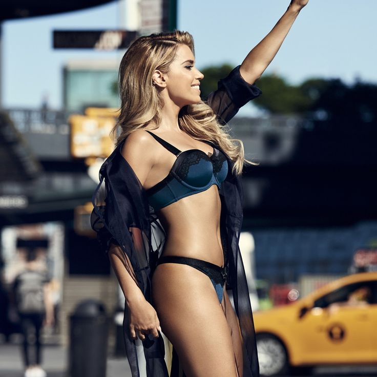 Daily Celebrities Paparazzi, Candid and Photoshoot Pictures: Sylvie Meis at Hunkemoller 'The Sylvie style' 2015