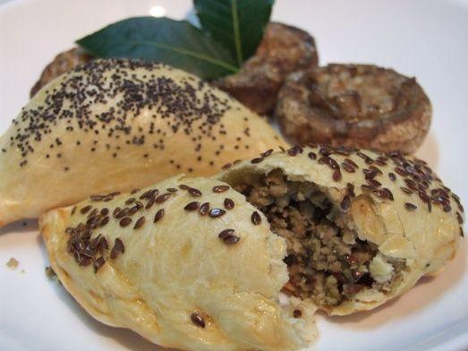 Plăcinte+Cu+Carne+Și+Ciuperci+Umplute