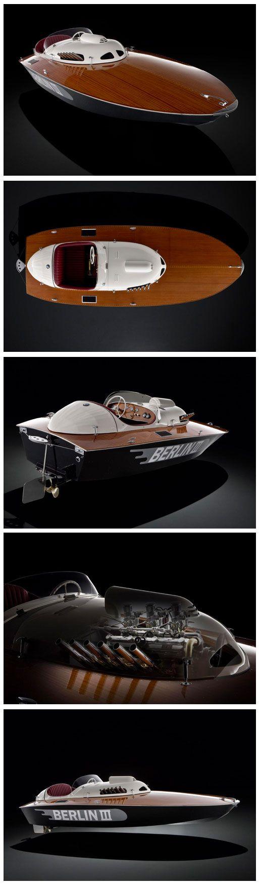1950 'Berlin lll' E2 Class Racing Sports Boat