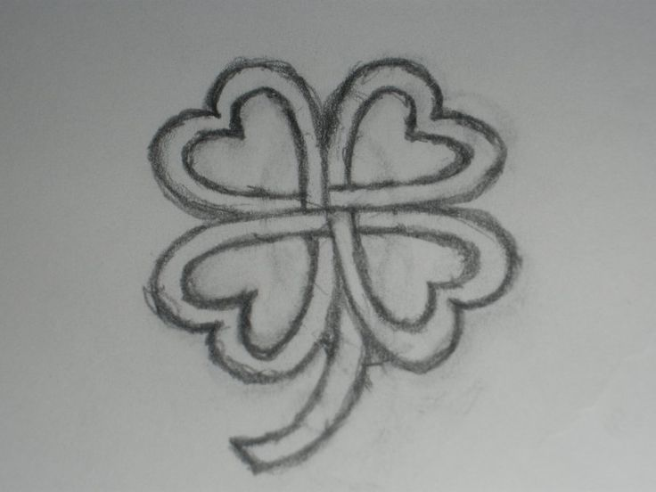 Celtic Clover, this would make a cute tattoo.
