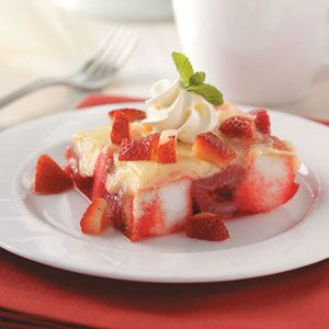 No-Bake Strawberry DessertNobake Strawberries, Desserts Recipe, Fun Recipe, Food Cake, Strawberries Desserts, Low Sugar Desserts, Lights Desserts, Diabetes Friends, Rice Crispy Treats