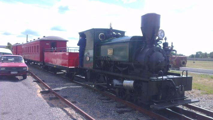 The Steam Train, Oamaru. Running every Sunday from 11am from near the i-SITE, Oamaru.  Find more things to do in Oamaru on our blog: http://www.thebusstop.co.nz/blog