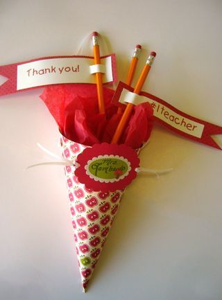 Little Birdie Secrets: school schultüte gift cone for back to school or thank you gifts.
