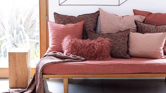 les 25 meilleures id es de la cat gorie coussin pour banquette sur pinterest coussins pour. Black Bedroom Furniture Sets. Home Design Ideas