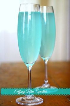 This easy cocktail recipe is perfect for showers, weddings, Valentine's Day or a romantic dinner. Tiffany Blue Sparkler is similar to a Mimosa but so much better! From http://RestlessChipotle.com