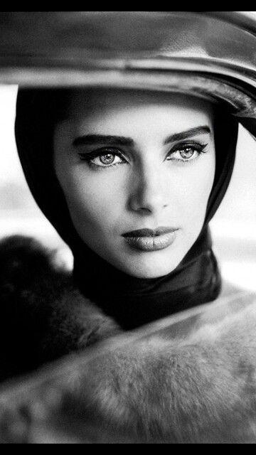 Elizabeth Taylor..