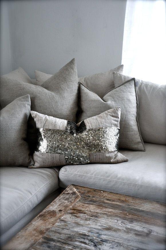 Sequined cross pillow Crush Cul de Sac