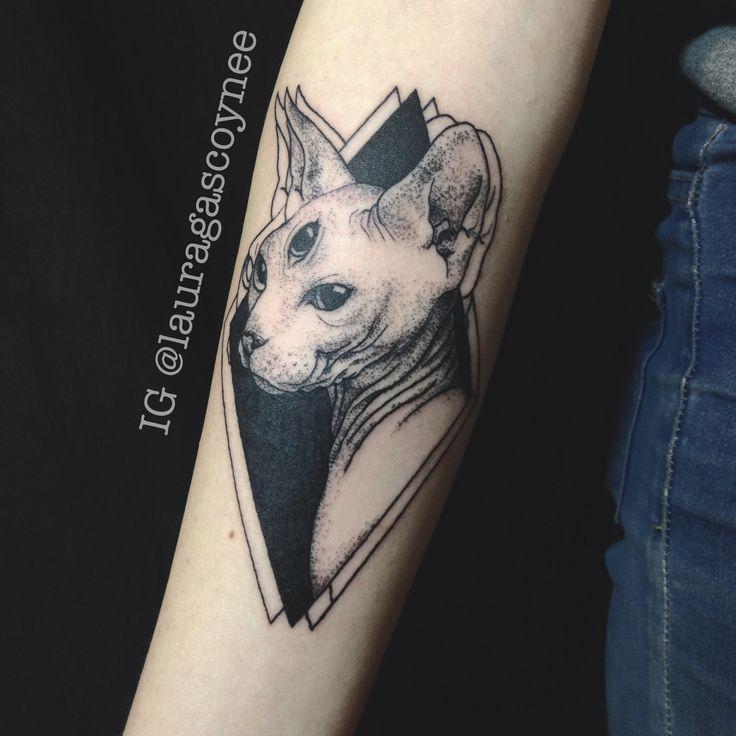 Designed and tattooed by Laura Gascoyne   Sphynx cat three eyes eyed dotwork black blackwork trippy tattoo arm